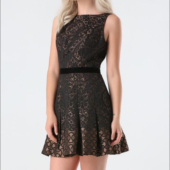 bebe Dresses & Skirts - Bebe Dress (NWT) Lina Jacquard Flared Dress